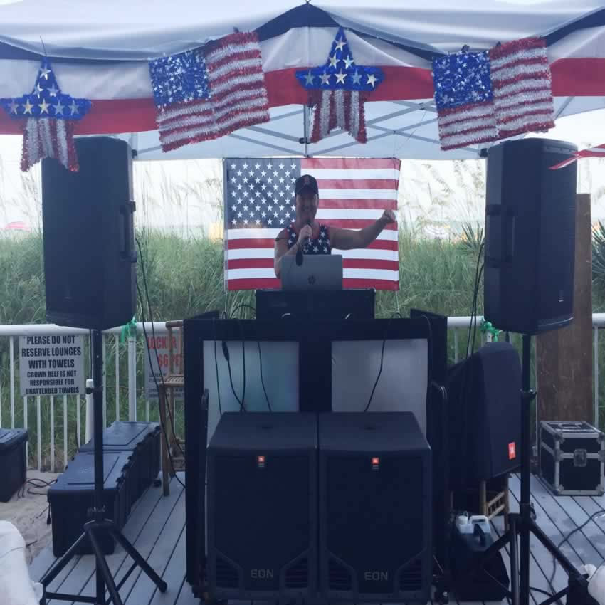 DJ Chris James at The Crown Reef Resort Independence Day 2017